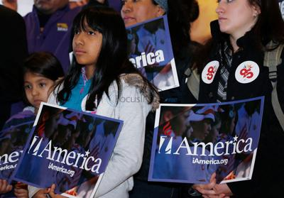 Deadline looms for states to respond in immigration suit