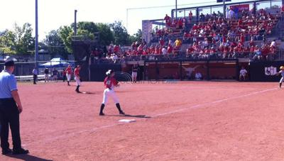 Lady Vandals win 15-13 to reach 3A title game
