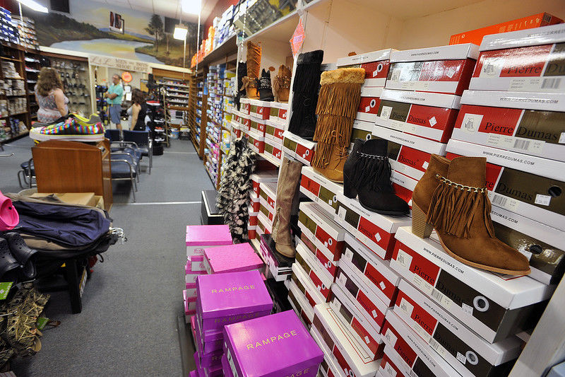L&L shoe store in Palestine enjoys firm footing amid changing times