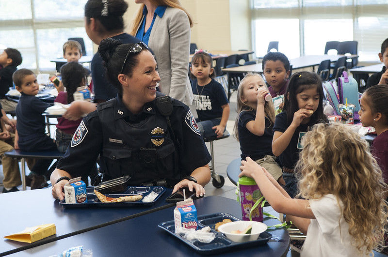 Tyler Police Department engages with students at Birdwell Elementary over lunch with 'Blue Plate Special' program