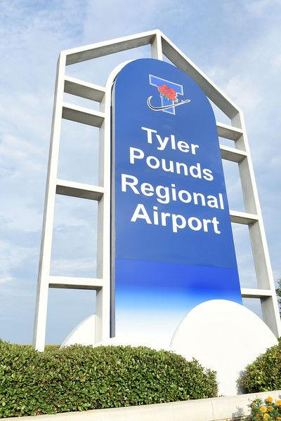 Tyler Pounds Regional Airport_stock_entrance_sign