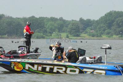 Big bass has Huntington's Combs in lead