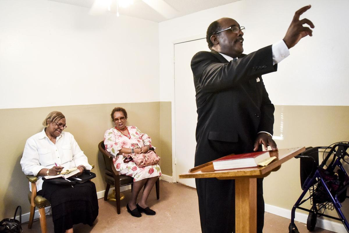 Rev  Jerome Milton starts new church after 32 years at