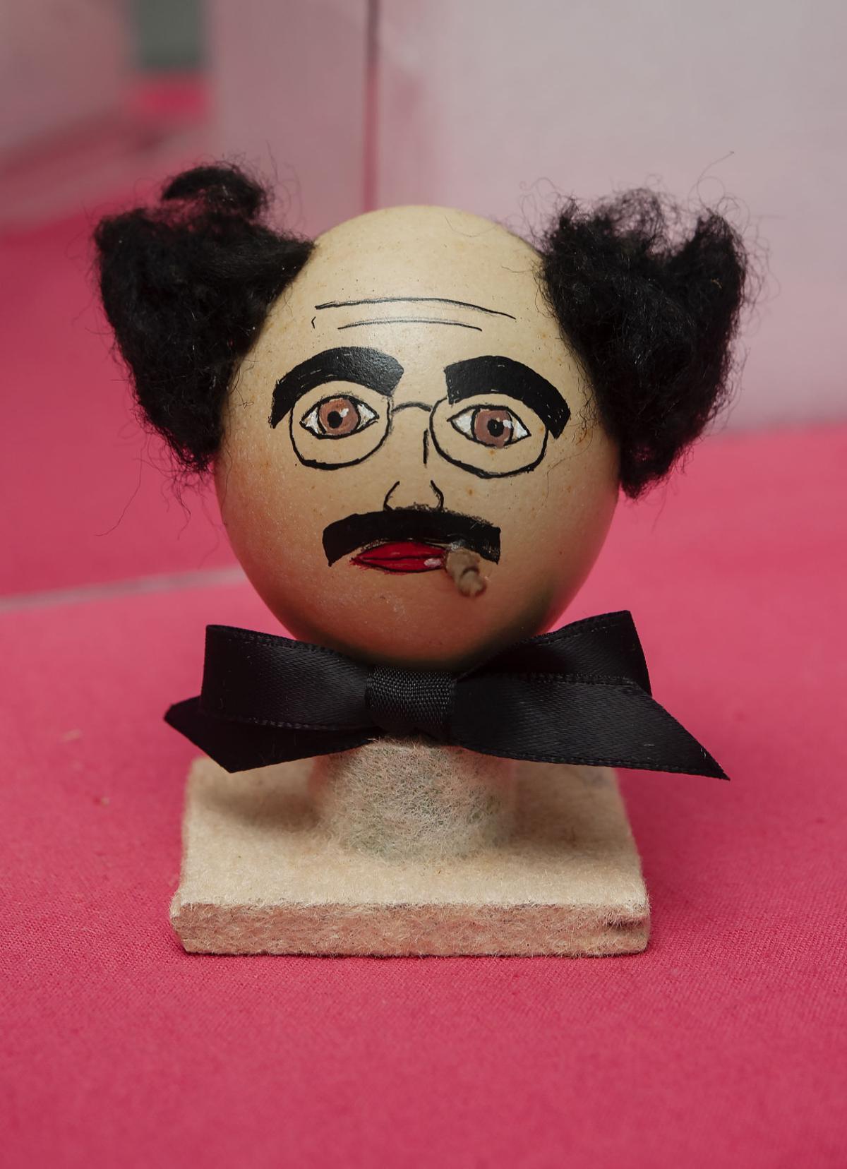 20190111_Dr_Kerfoot_Walker_collection_of_whimsical_blown_egg_art_17.jpg