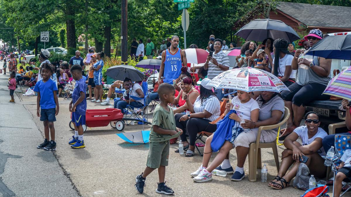 20190616_local_Juneteenth_Parade_web_3
