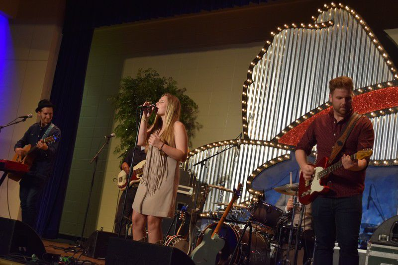 """East Texans """"Two Step to One Cure"""" during 29th Annual Cattle Barons' Gala"""