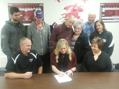 Next step: Lee's Kuechle signs with TWU