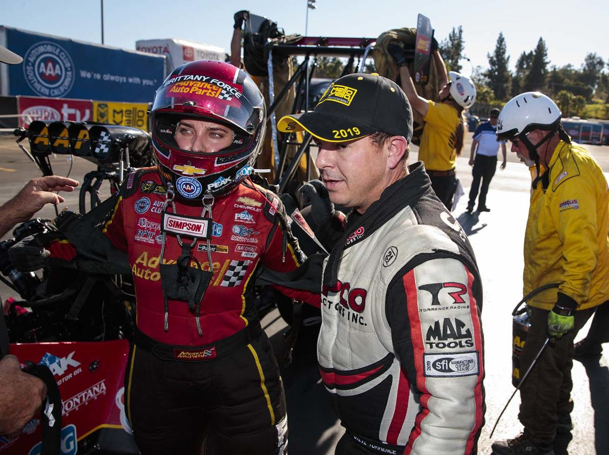 Kilgore's Steve Torrence wins win back-to-back Mello Yello Top Fuel championship