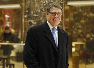 President-elect Donald Trump selects former Texas Gov. Rick Perry to be secretary of energy