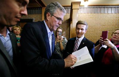 2016 prospect Jeb Bush defends Common Core school standards