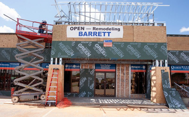 Retail center getting new look