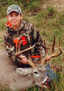 Two hunters take leads in Buck Contest
