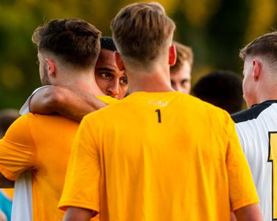 20190904_local_TJC_soccer_men-1.jpg