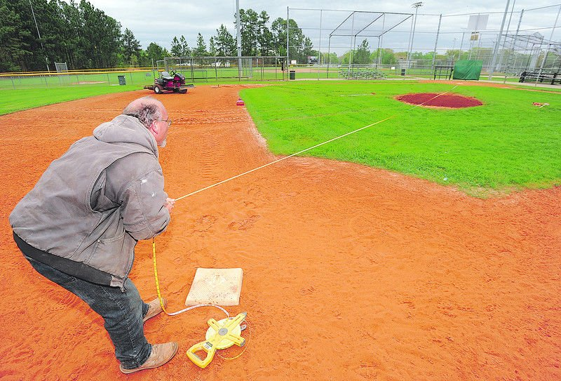 Tyler Parks and Recreation prepares baseball fields for Little League, set to kick off Saturday