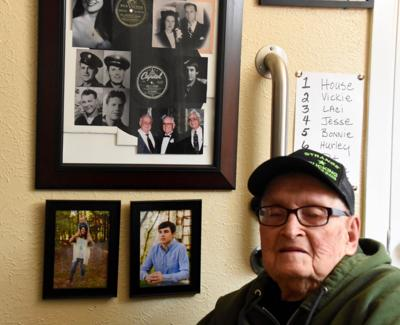 World War Ii Veteran Recounts Family S Service Brother S Death In War Local News Tylerpaper Com