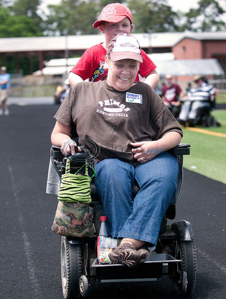 PHOTOS: A need for speed - Wheelchair-bound individuals compete in track and field