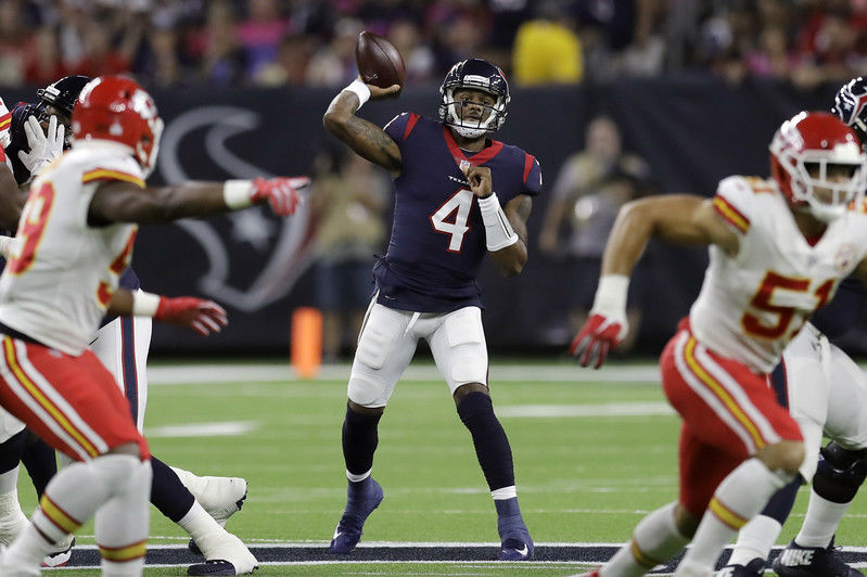 Fantasy Football: Deshaun Watson is more valuable than Aaron Rodgers, and here is why