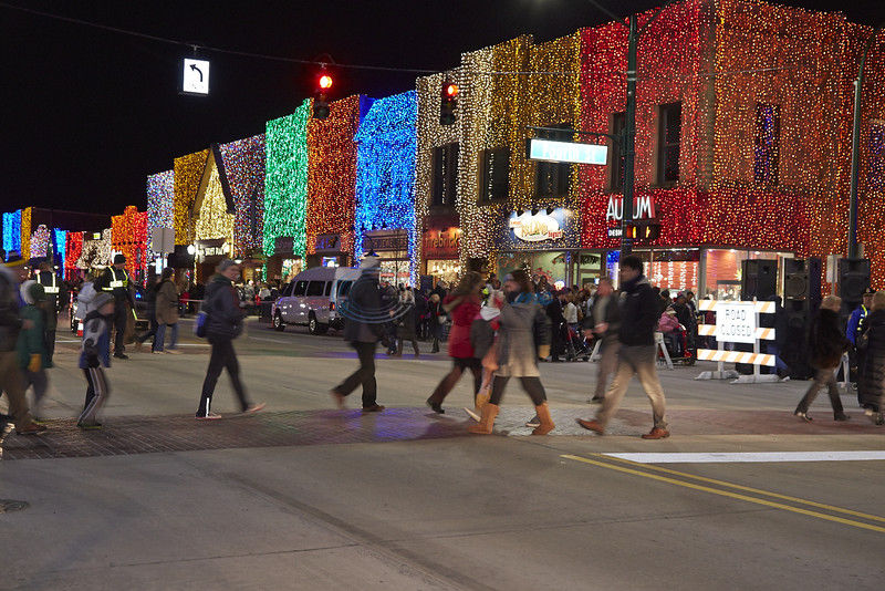 Businessman hopes to brighten downtown Tyler with Christmas lights
