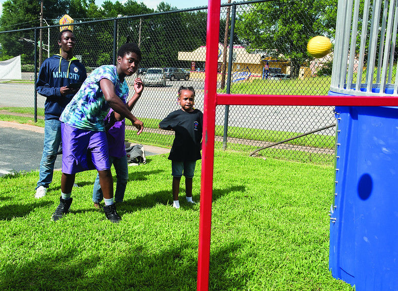 Fatherhood Initiative cookout gives chance for fathers and children to have a fun time out