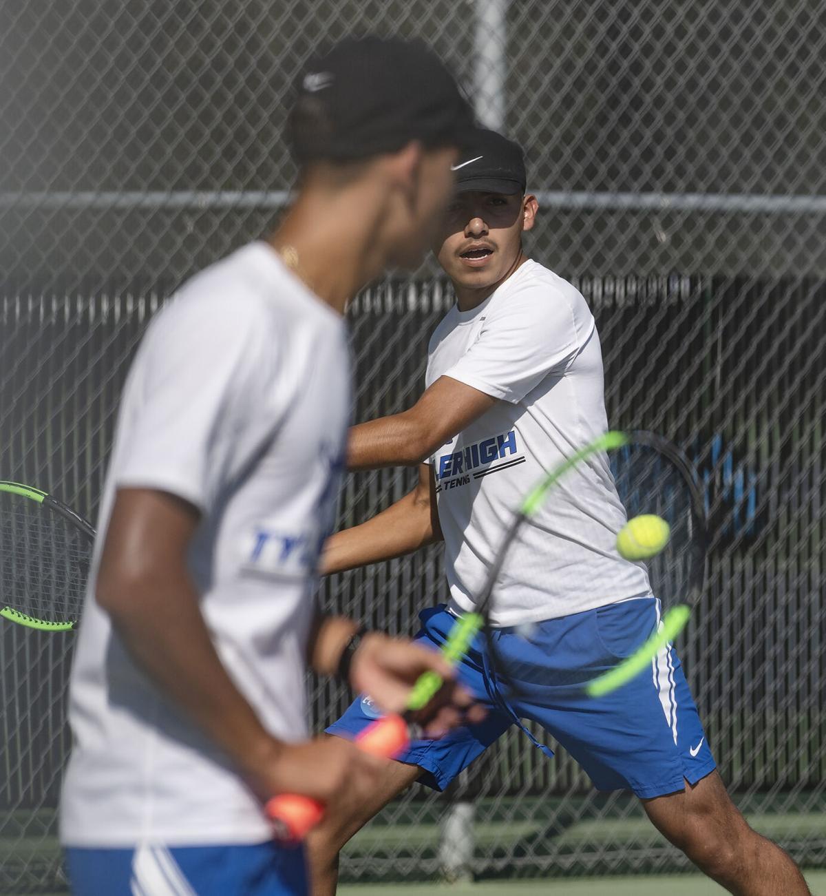 10212020_tmt_sports_Tyler_High_Tennis_14web.jpg