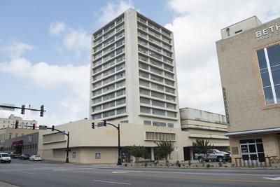 Deadline passes for contractor to begin work on Carlton Hotel in