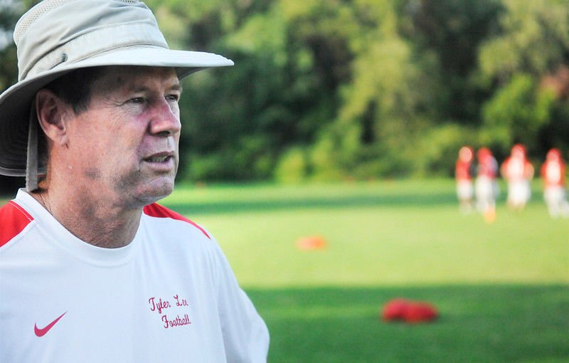 Robert E. Lee's Darrell Piske no longer head football coach