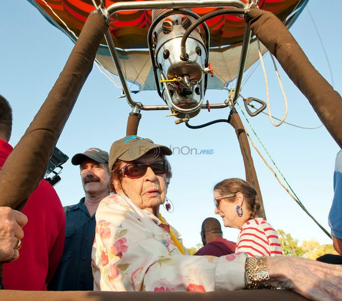 VIDEO: Bucket List - Centenarian takes ride above town