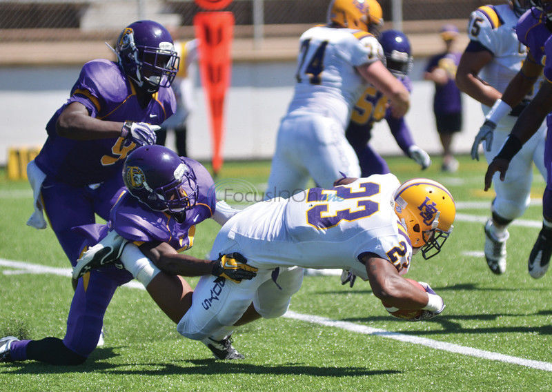 Hardin-Simmons routs Texas College, 66-34