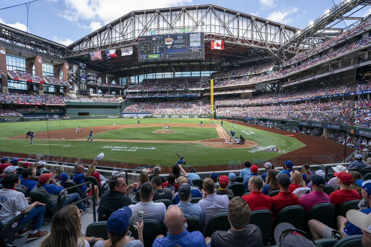 APTOPIX Blue Jays Rangers Baseball