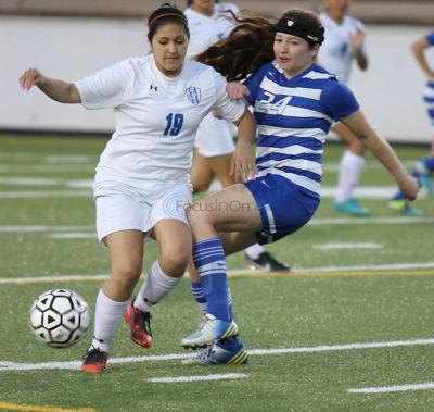 JT girls top Lindale, clinch playoff spot