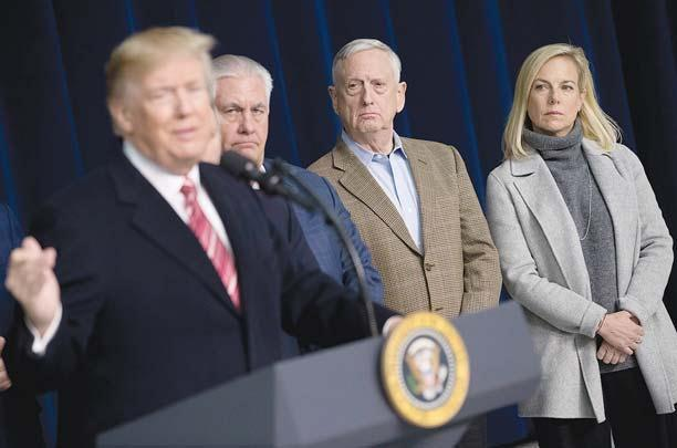 Trump, GOP lawmakers huddle at Camp David