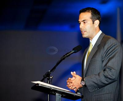 Hundreds turn out for awards, George P. Bush