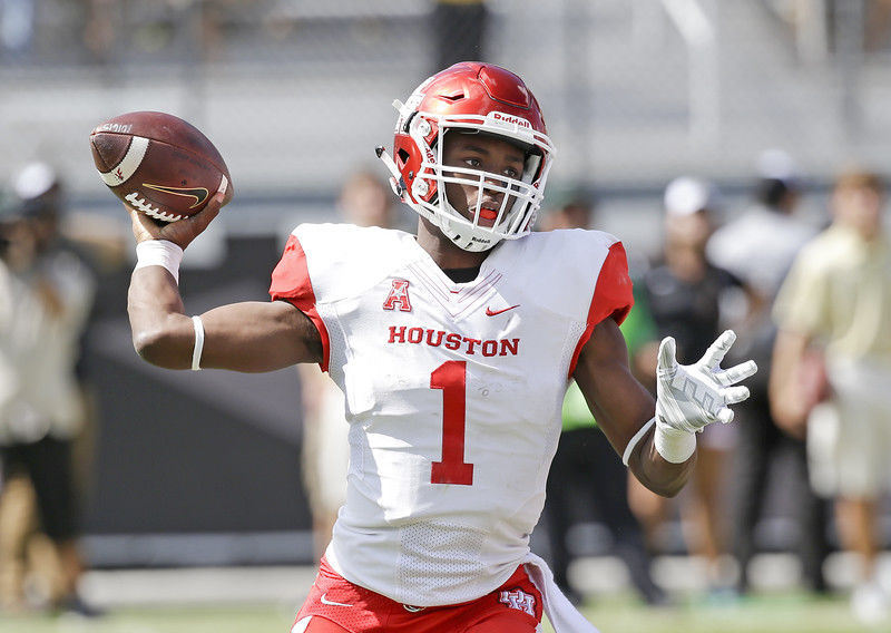 Tyler native and University of Houston Quarterback Greg Ward Jr. named Earl Campbell Tyler Rose Award National Player of the Week