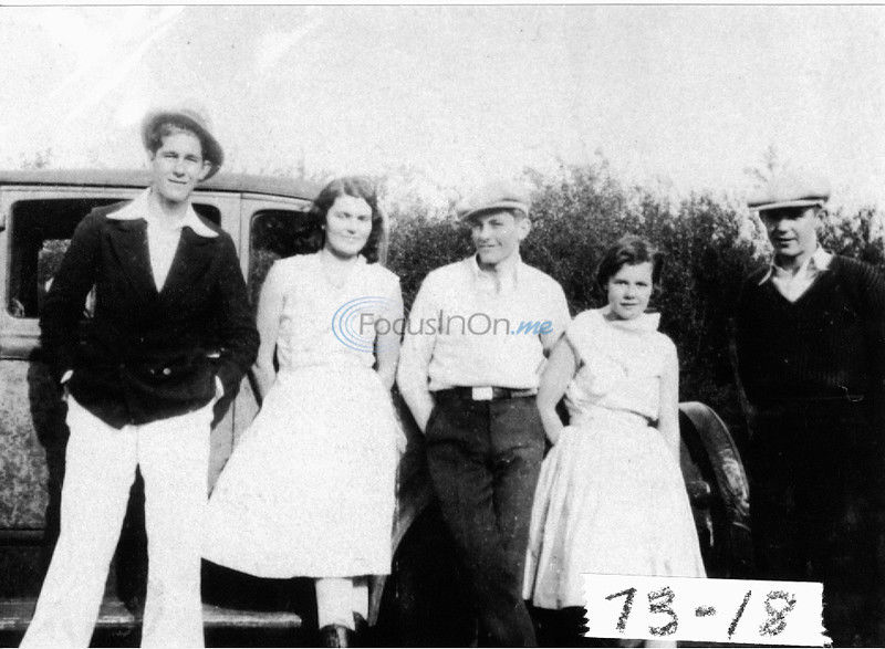 Bonnie and Clyde ruin the wedding of an East Texas couple