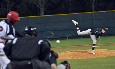 Flanagan leads Lee to win