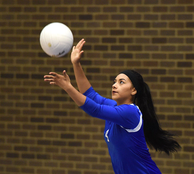 John Tyler hosts Robert E. Lee in District 11-6A volleyball opener
