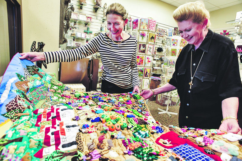 Threads of Hope show at Christ Church to feature handmade textiles from Peru