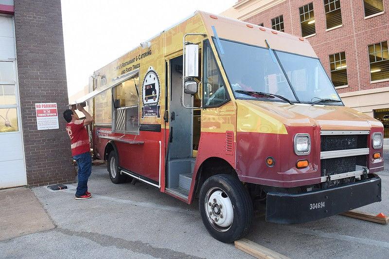 Tyler food truck market slow to start but gaining steam