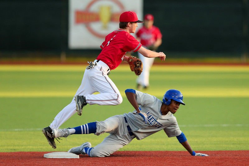 Lee comeback falls short to Lakeview, 7-5
