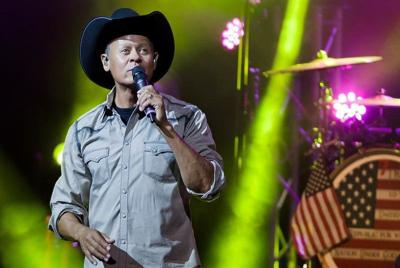 New Neal McCoy song slams anthem protests