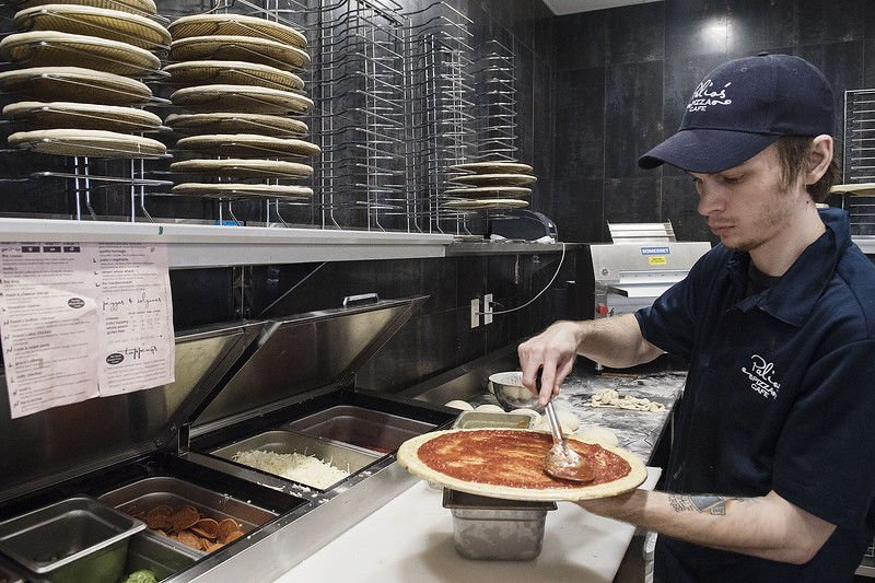 Palio's Pizza Café opening on South Broadway Ave.