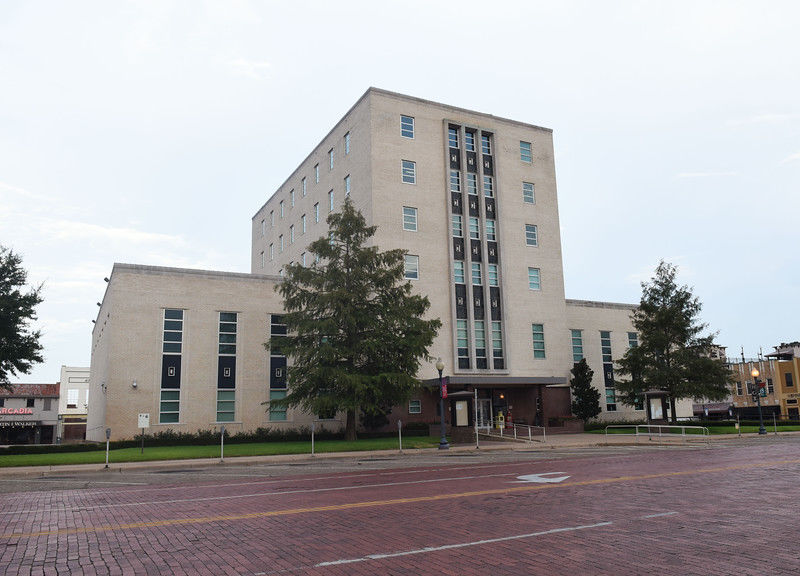 Smith County to consider redoing bid process for courthouse renovations