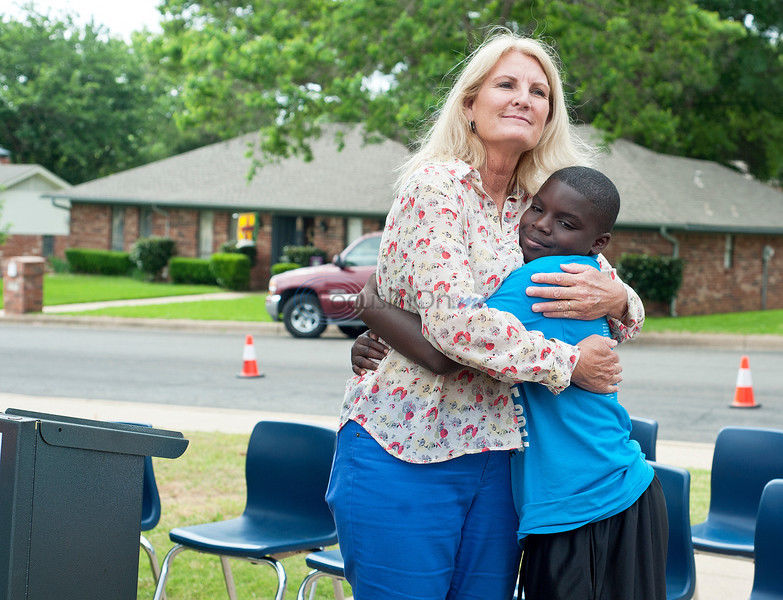 Mayor honors teachers