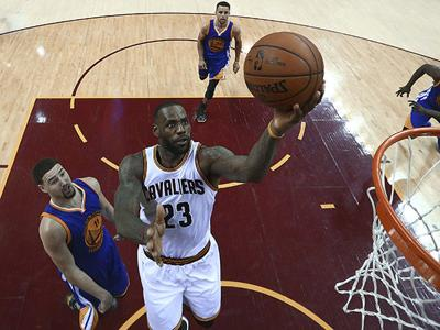 Golden State Warriors come alive, then take command with 108-97 victory over Cleveland Cavaliers