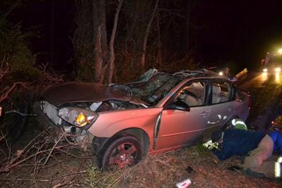 VIDEO: 2 go to hospitals after wreck during chase