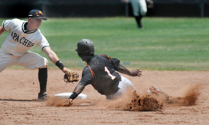 French flirts with no-hitter as Apaches sweep Cedar Valley
