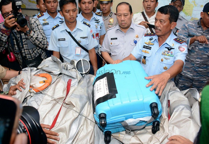 Bodies found in Indonesian waters where plane disappeared
