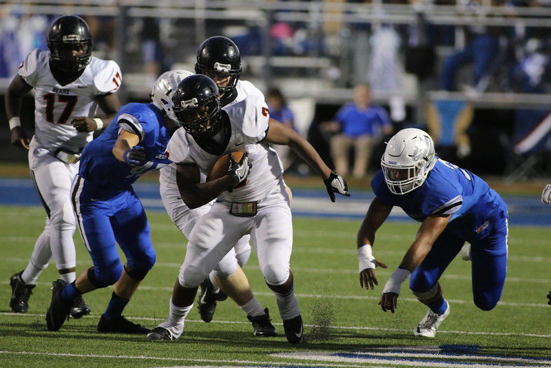 Gladewater too much for Lindale, 38-10