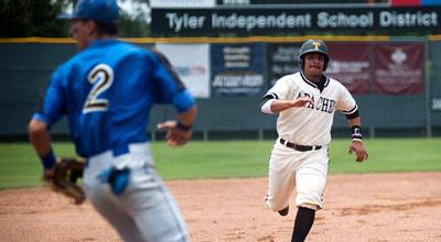 Apaches rally past Gloucester at World Series
