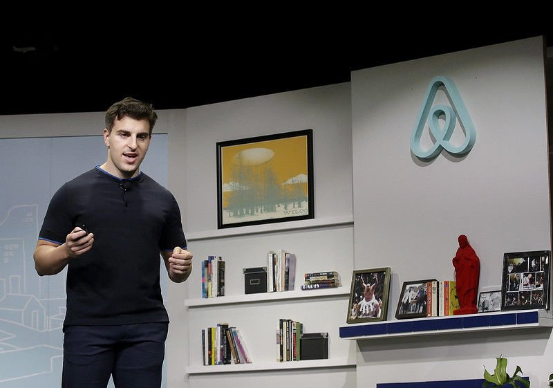 Airbnb follows Super Bowl ad with call to house 100K in need